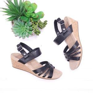 Ugg Black Strappy Wedge Sandals Sz 9